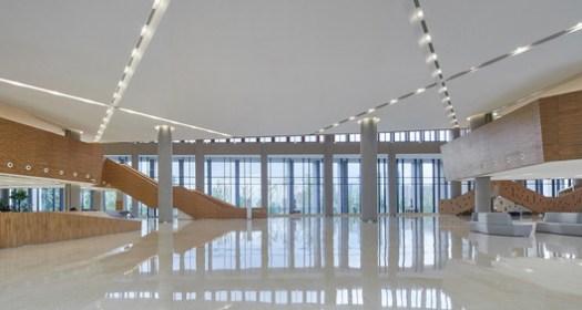 Lobby. Image © Bin Zhao (Unique Architecture Photography)