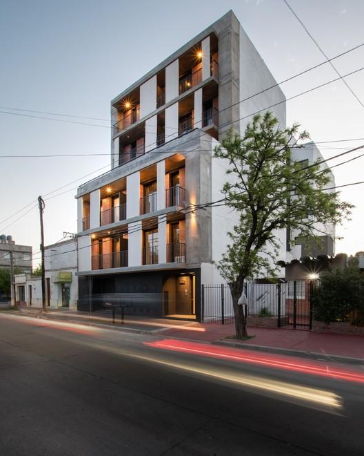 VMAS_ARQUITECTURA_ph_G_Viramonte-7701-Editar NANZER Building / V + Arquitectura Architecture