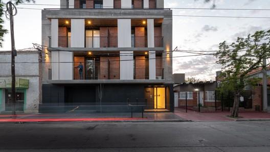 VMAS_ARQUITECTURA_ph_G_Viramonte-7709-HDR-Editar NANZER Building / V + Arquitectura Architecture