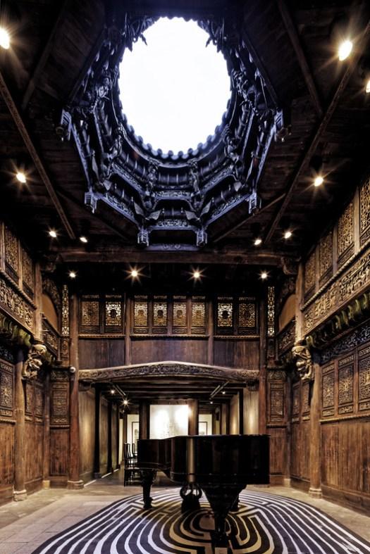 Atrium space. Image © Wenjie Hu