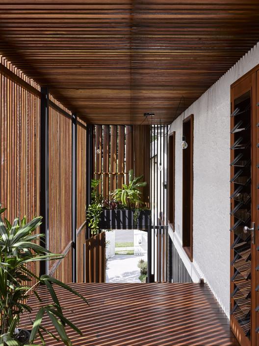 42496 Gresham Street House / Jackson Teece Architecture