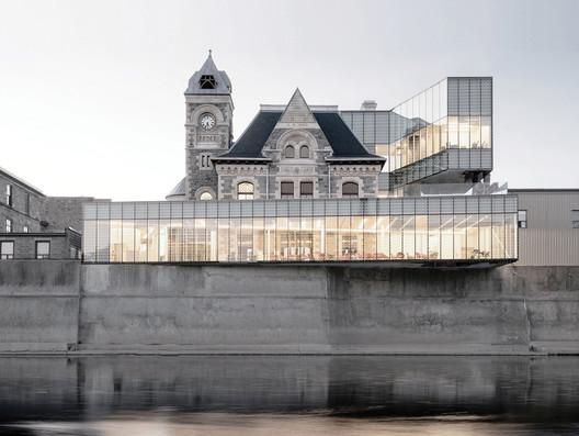 Idea Exchange Old Post Office / RDH Architects. Image via Canadian Architect Magazine