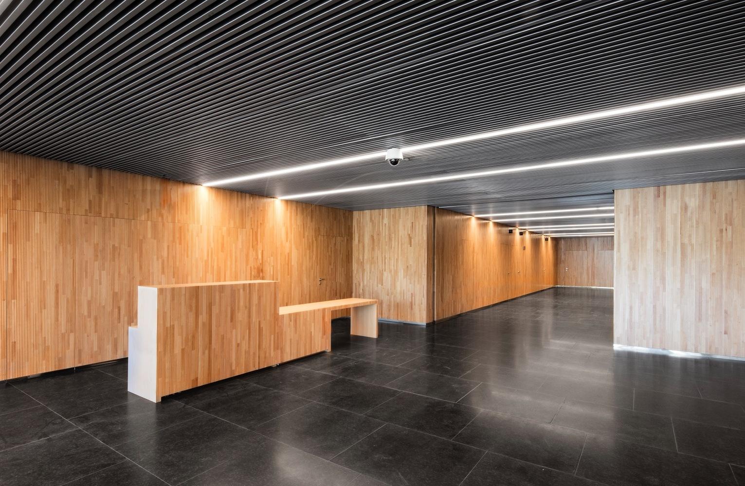 metrovacesa offices francisco mangado