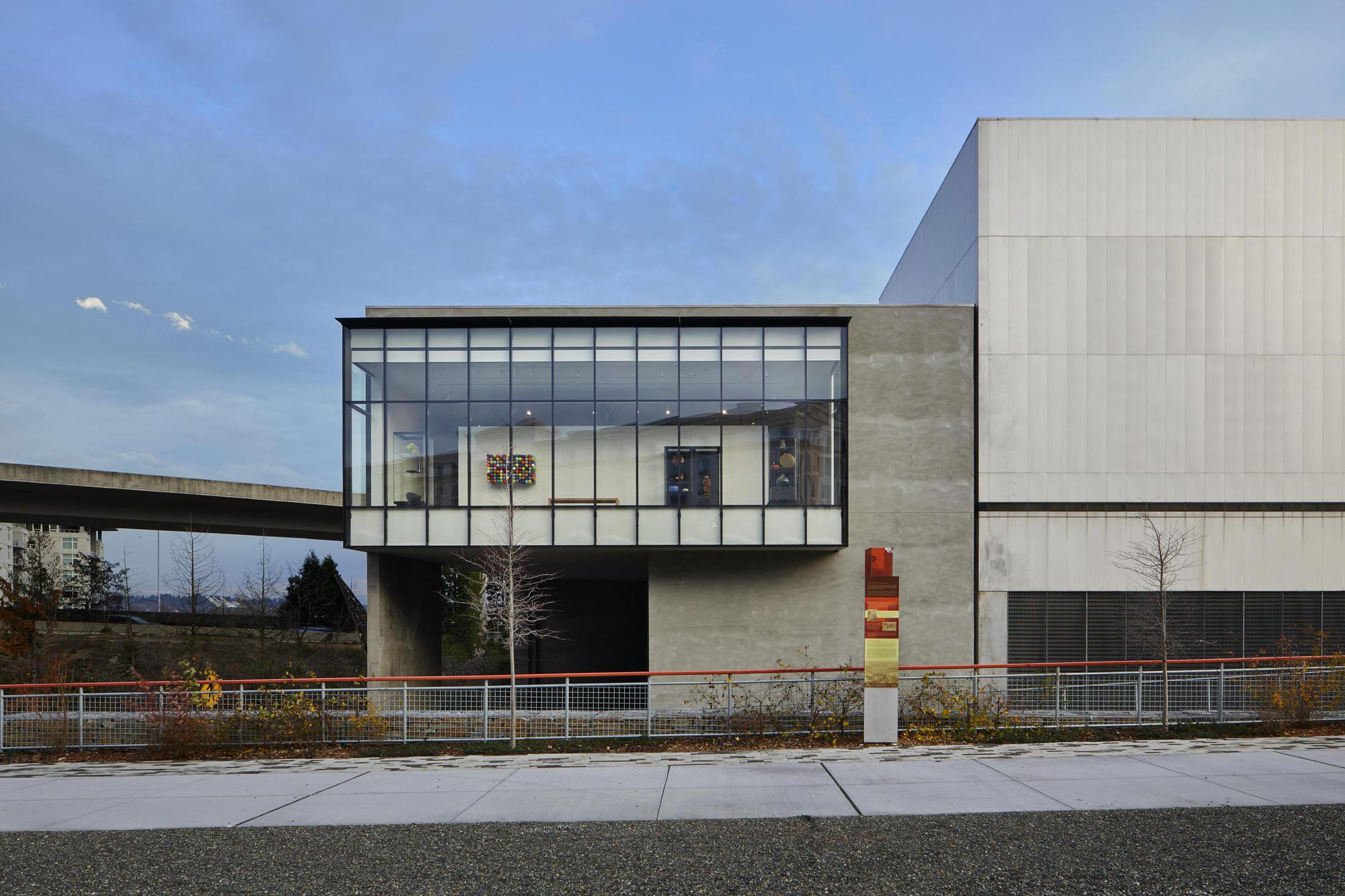 Tacoma Art Museum Benaroya Wing Olson Kundig - 4