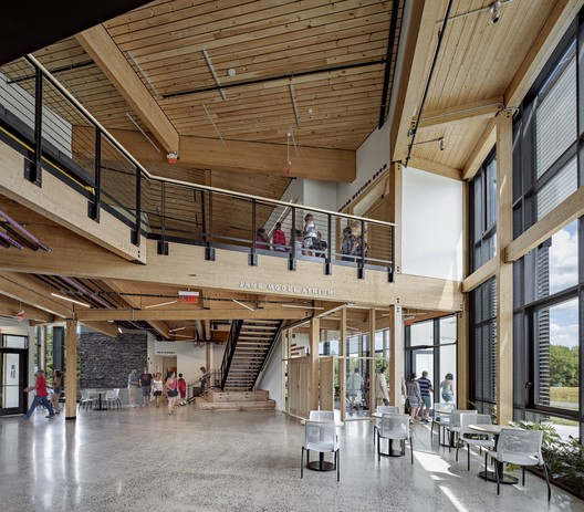 Hampshire College R.W. Kern Center - Photo by Robert Benson