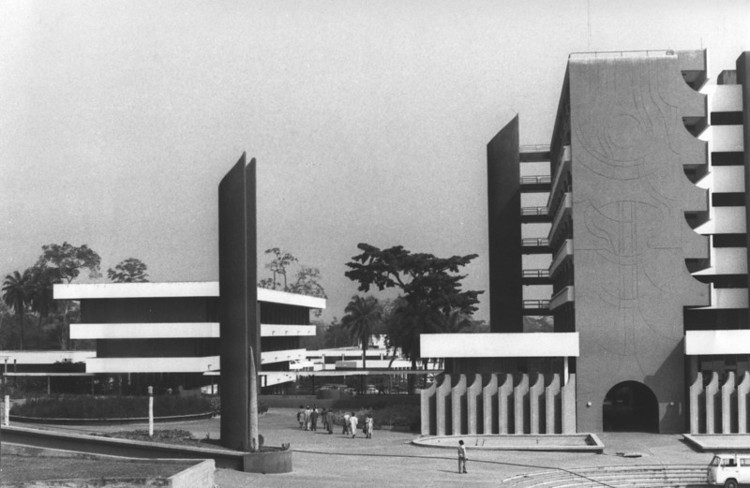 The Secretariat 1968. Image Courtesy of The Arieh Sharon Digital Archive