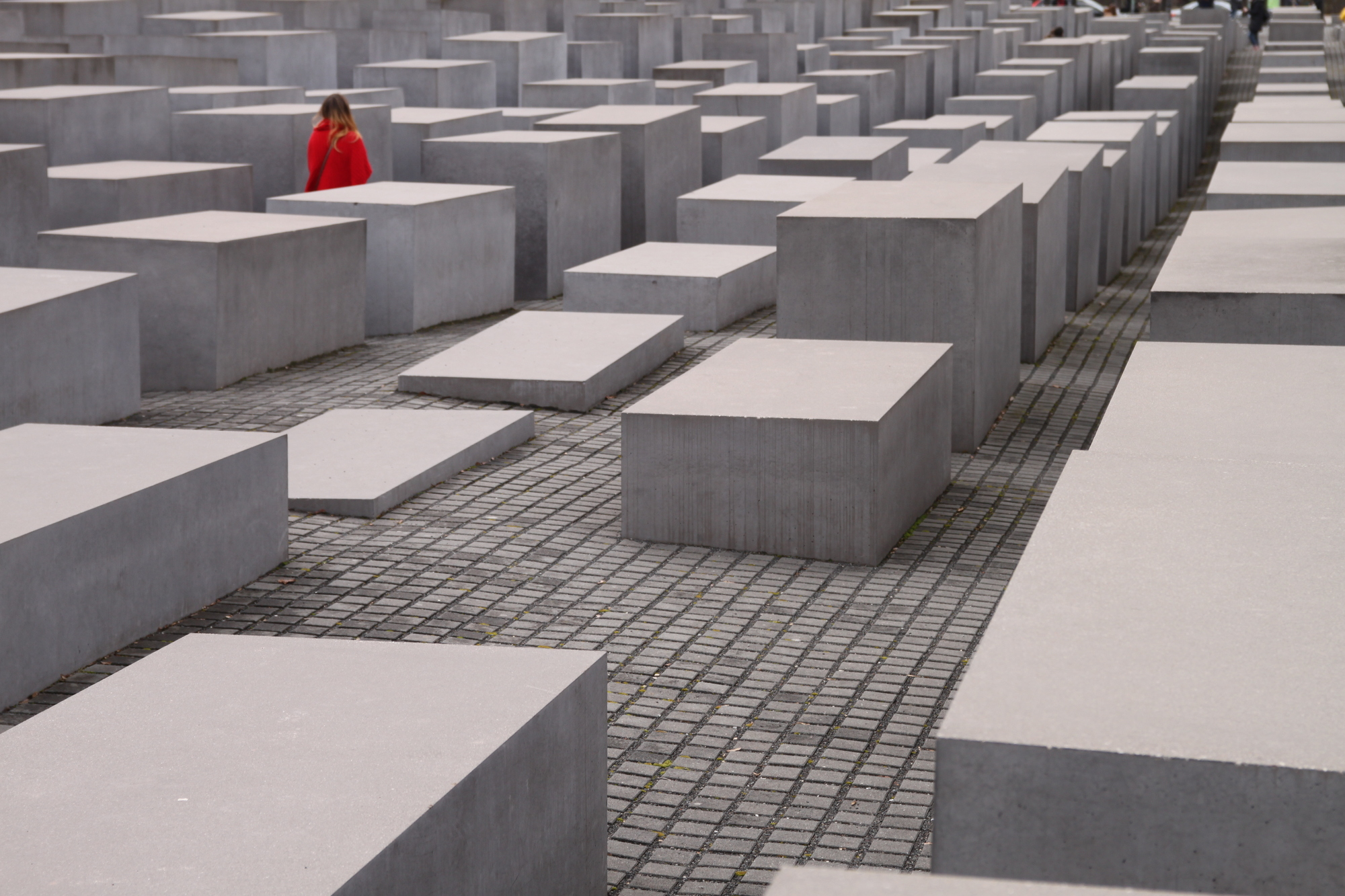 Gallery of Peter Eisenman: Architect. Theorist and Educator Marked by Deconstructivism - 2