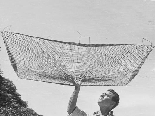 Una Nueva Bóveda Cáscara (1952). Image Cortesía de Archivo Williams - Director Claudio Williams