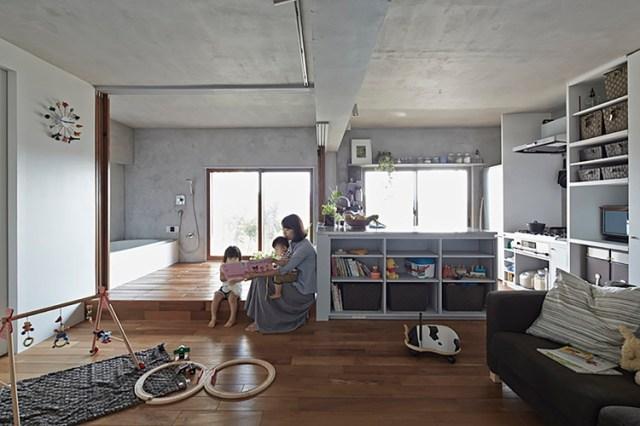 Casa de baño y cocina por Takeshi Shikauchi. Image © Koichi Torimura