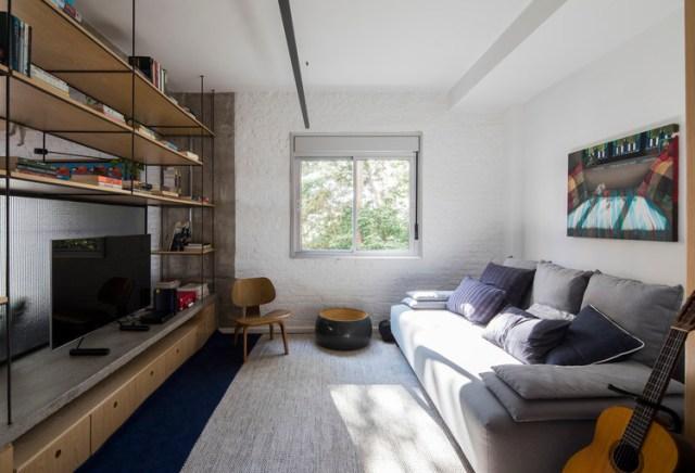 Apartamento dos Vergalhões / Casa100 Arquitetura. Foto ©Maíra Acayaba