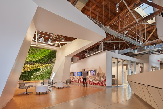 Created to position Los Angeles as a sustainability leader, La Kretz Innovation Campus advances development of clean technology and the city's vision for an inclusive green economy. Image © Benny Chan | Fotoworks