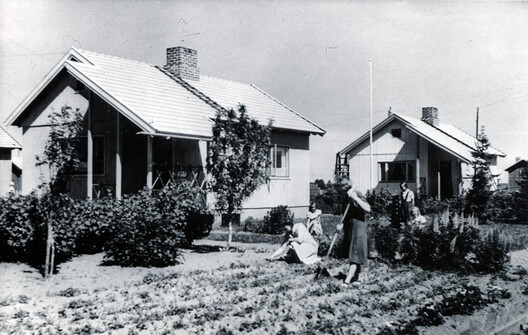 Puutalo houses in Nekala Finland in the 1940s. Image © ELKA Archive