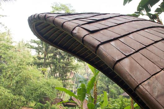 Shell Bale on Bambu Indah. Image © Eduardo Souza