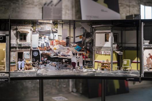 Your Restroom is a Battleground. Image © Imagen Subliminal (Miguel de Guzmán + Rocio Romero)