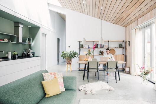 Hemma House / stek architecten. Image © Bram Delmee Photography
