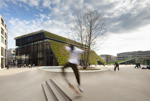 © ingenhoven architects / HGEsch
