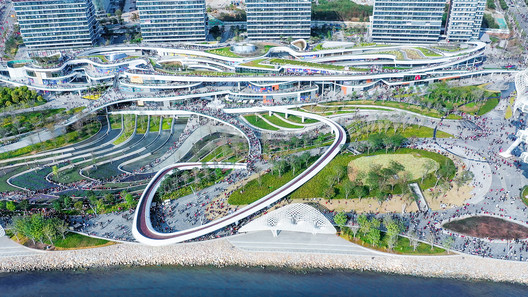 Aerial view of OCT OH BAY East Waterfront Retail Park. Image © Yanlong Tong