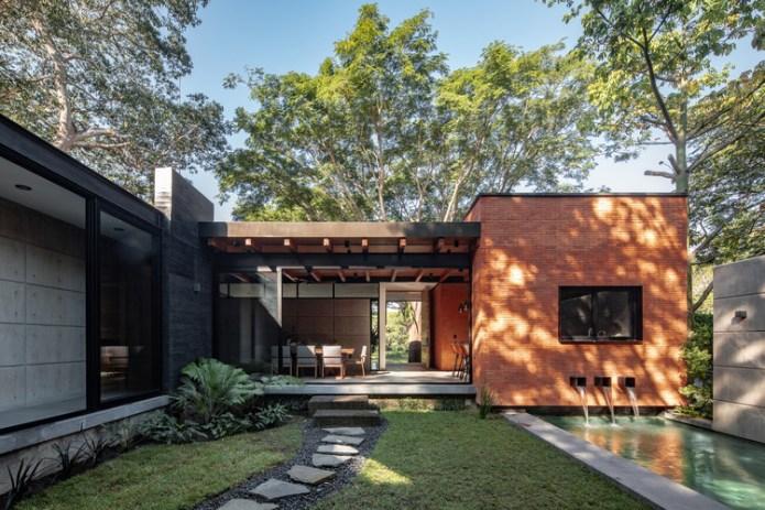 Keita House / Di Frenna Arquitectos. Image © Onnis Luque