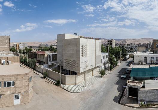 © Hamoon Moghaddam