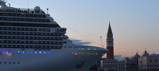 Sarà un tranquillo week end di proteste contro le grandi navi a Venezia