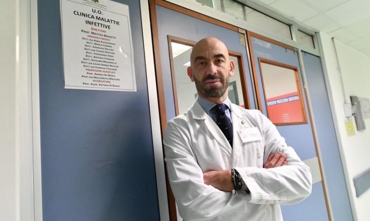 Per l'infettivologo Bassetti è una stupidaggine non vaccinare gli under 40