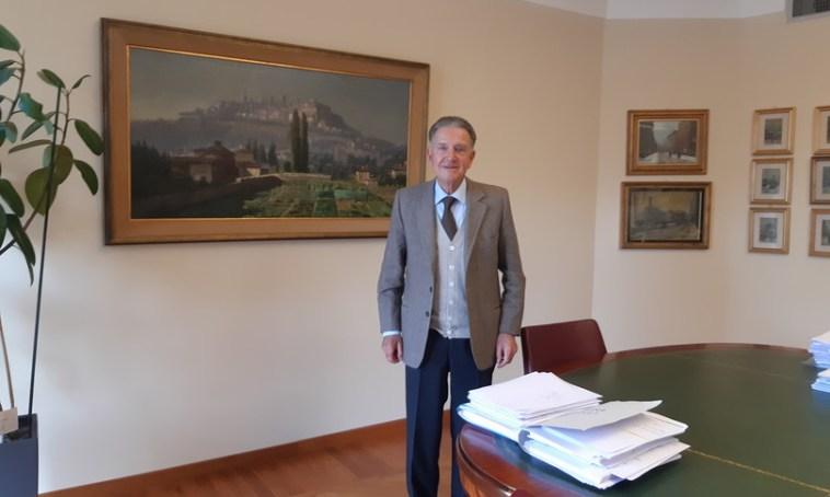 """Il banchiere Zanetti assolto a 90 anni: """"Anni duri con i pm accaniti, ma ora sorrido"""""""