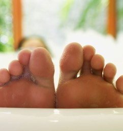 foot health 9 healing home cures for blisters [ 1440 x 810 Pixel ]