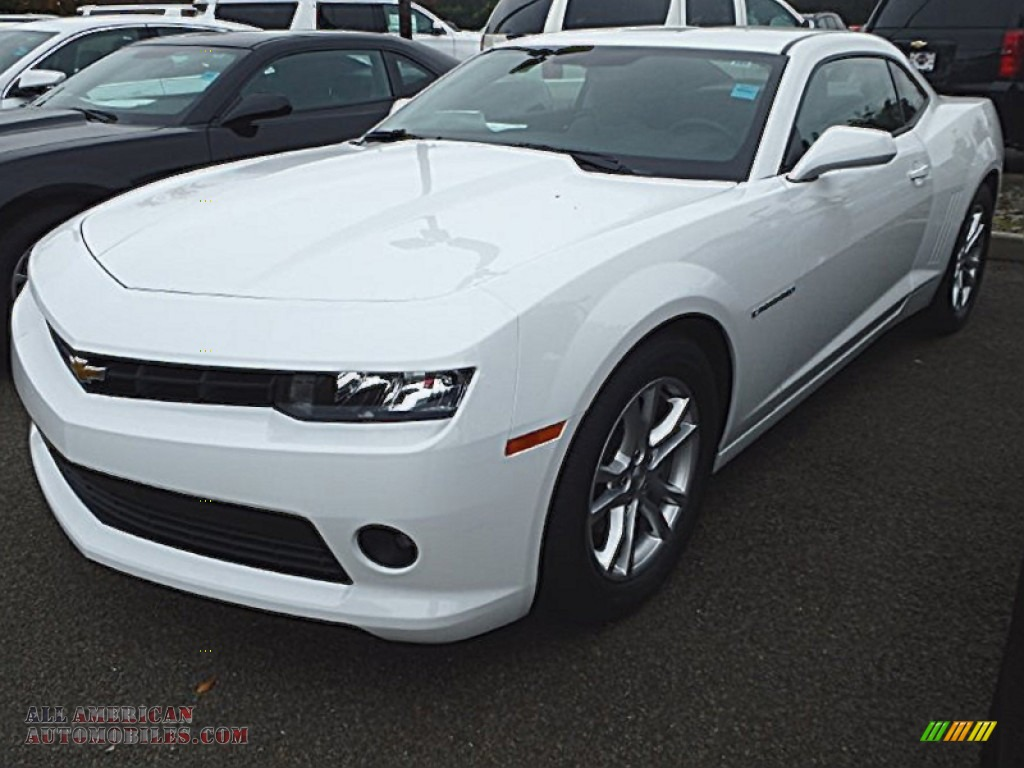2015 Chevrolet Camaro LT Coupe in Summit White  143226