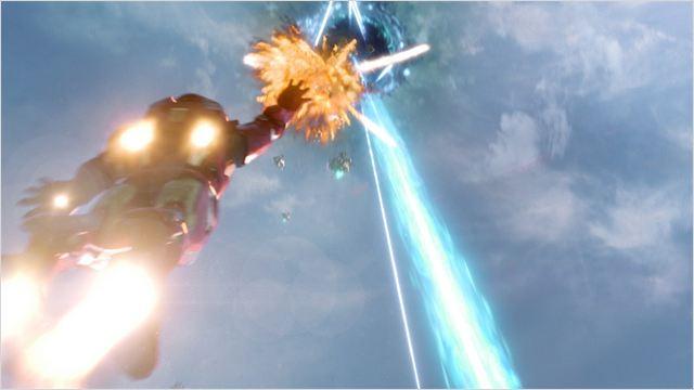 Iron Man en pleine bataille dans the Avengers