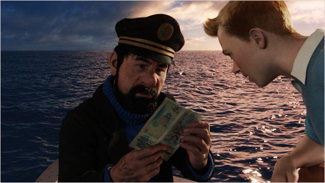 Le Capitaine Haddock et Tintin en pleine mer...