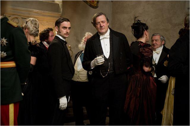Mycroft Holmes Sherlock Holmes jeu d'ombres