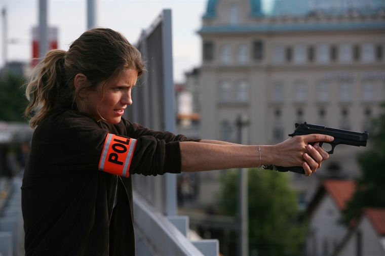 Claire Linné (Alice Taglioni) en pleine action