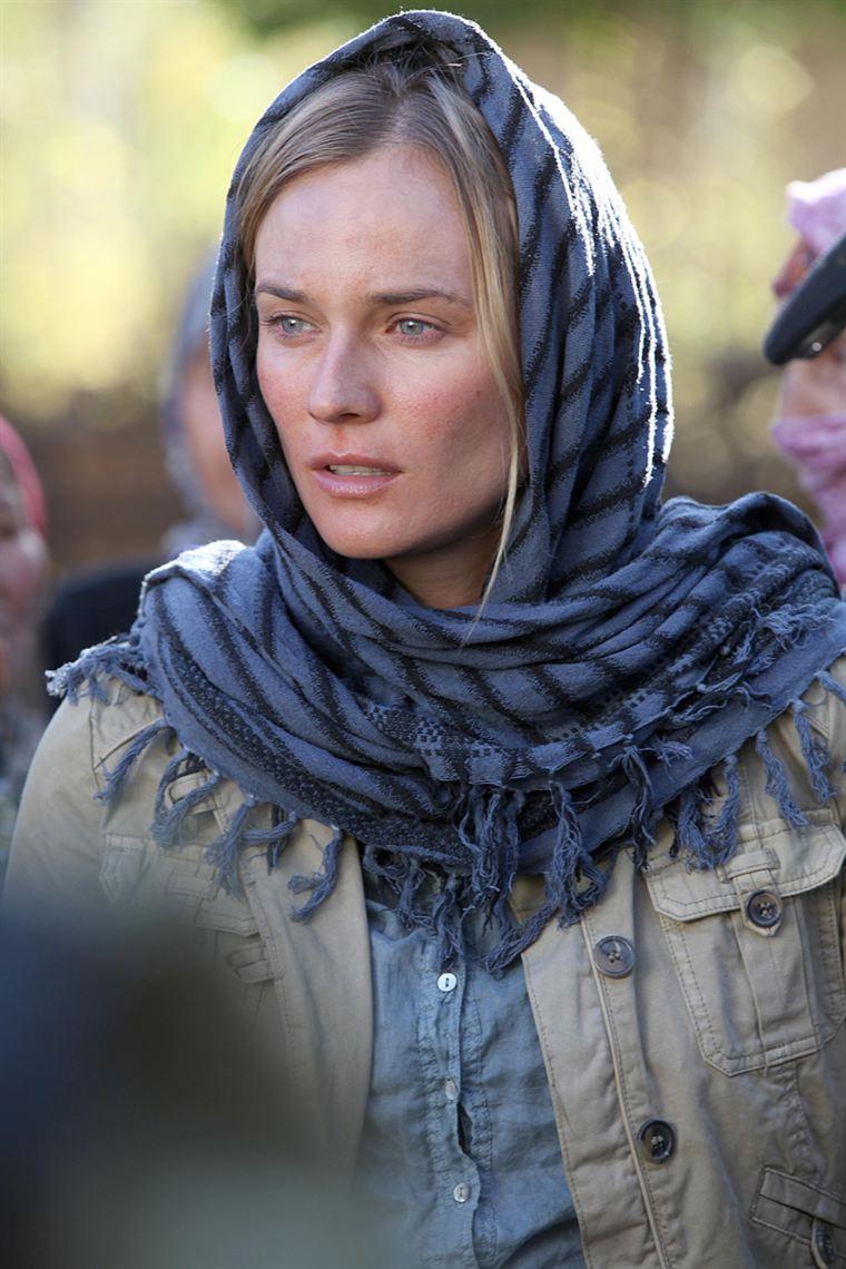 La journaliste Elsa Casanova (Diane Kruger), grand reporter, a été prise en otage par les Talibans