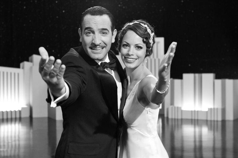 Georges Valentin (Jean Dujardin) connaît la gloire, Peppy Miller (Bérénice Bejo) découvre le cinéma