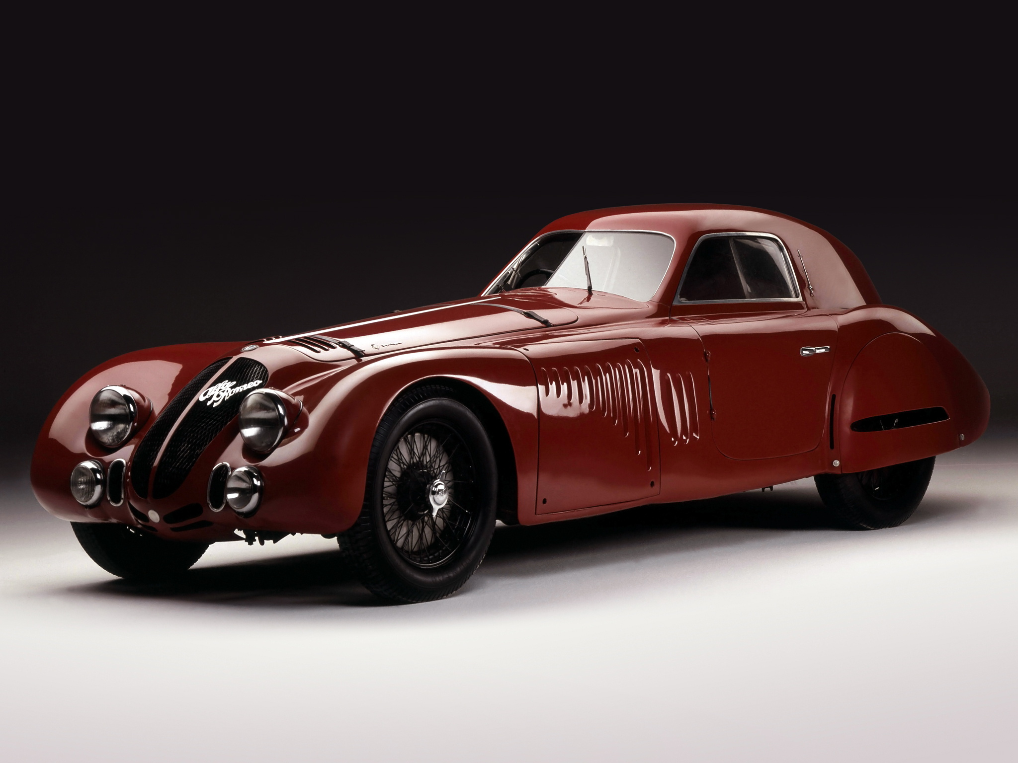 2 Alfa Romeo 8C 2900B Le Mans HD Wallpapers Backgrounds