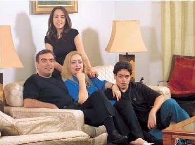 3909833921 - تعرف علي زوجات الفنانين العرب - برأيك من اجمل زوجة !!