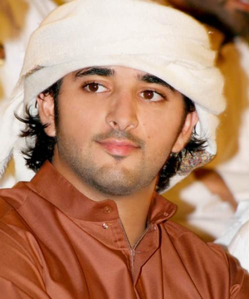 بعد عدة قصص حبولي عهد دبي حمدان بن محمد بن راشدالمعروف بـ