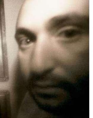 فيديو ..الادعاء البريطاني: الأمير السعودي المتهم بقتل خادمه شاذ جنسياً