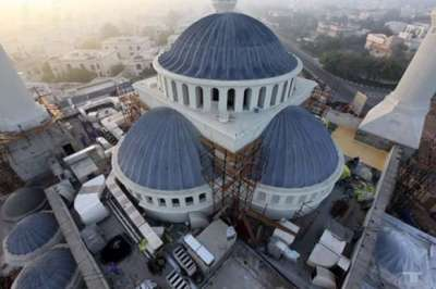 افتتاح أكبر مسجد في دبي الجامع الأزرق
