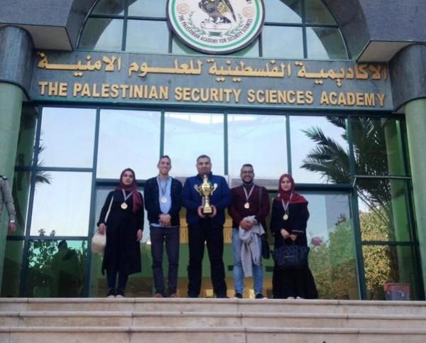 بوليتكنك فلسطين تحصد المركز الأول في مسابقة القدس بين الماضي
