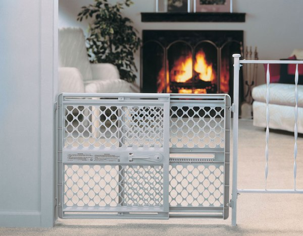 North States Industries Supergate Classic Plastic Gate Mounts Indoor Safety Gates