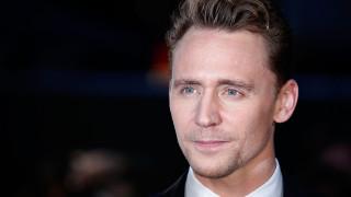 listen tom hiddleston reads