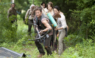 http://blogs.amctv.com/the-walking-dead/2013/08/ew-talks-michonne-on-a-horse-exec-producer-dave-alpert-teases-season-4-threat-to-wetpaint/