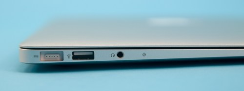 small resolution of there once was one now there s two the original macbook air