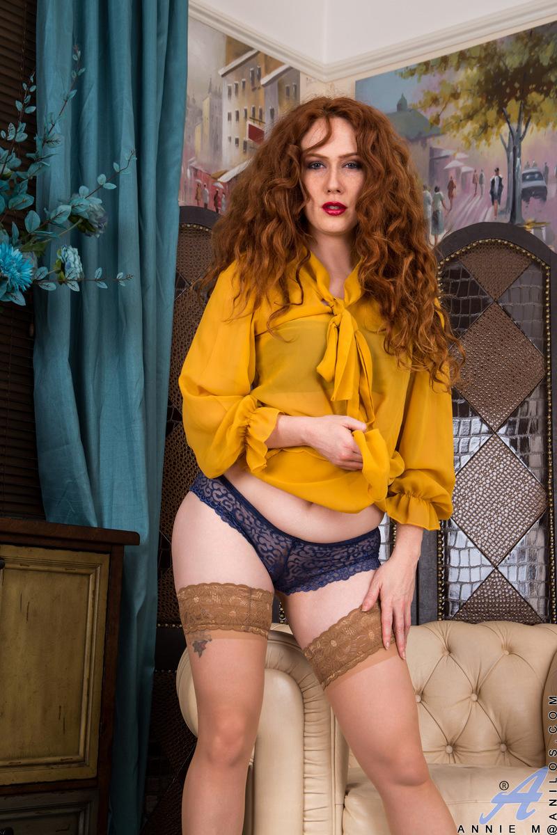 Anilos.com - Amy C: Classic Beauty