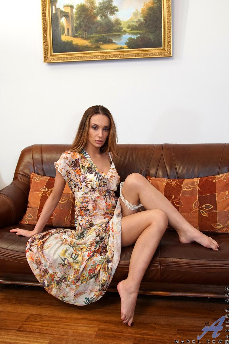Anilos.com - Marel Dew: Garter Belt