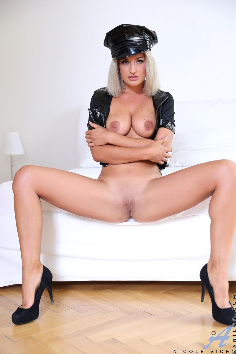 Anilos.com - Nicole Vice: Naughty Dress Up