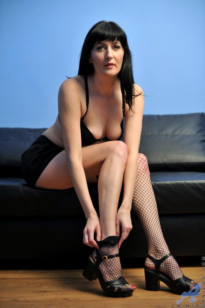 Anilos.com - Nimfa: Fishnet Stockings