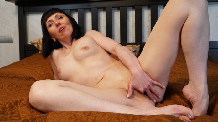 Anilos.com - Cherry Despina: What She Likes