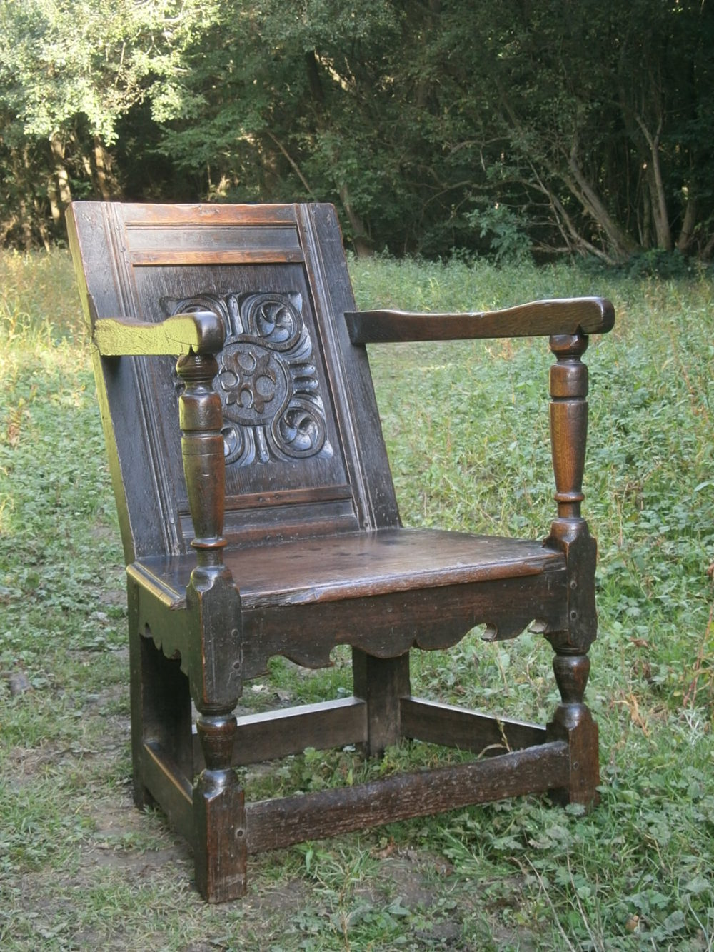 chair on wheels table and sets 16th century elizabethan oak wainscot - antiques atlas